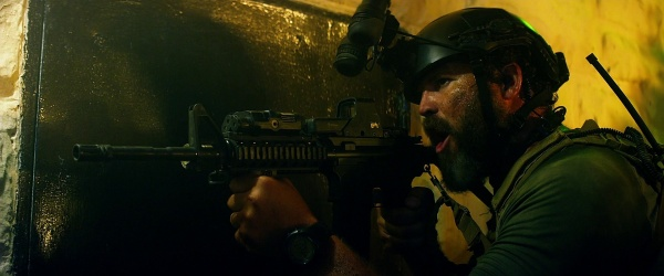 """Boon"" (David Denman) with the M4."