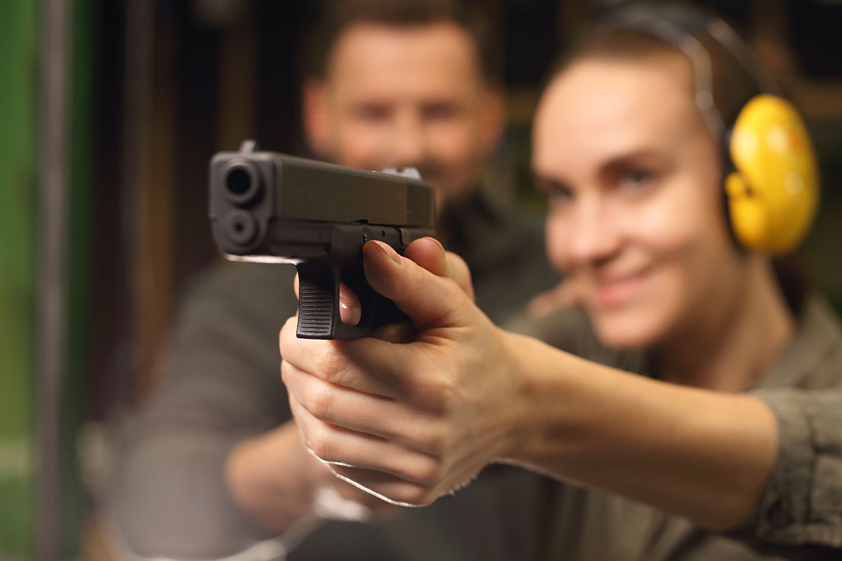 How to Shoot a Pistol Safely & Correctly